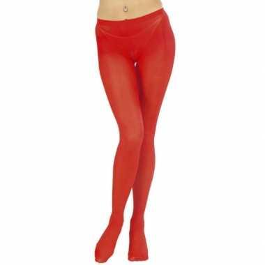Damespanty in het rood