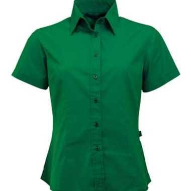 Groene damesblouse met korte mouwen