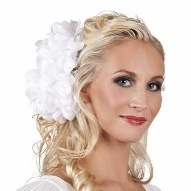 Haarbloem witte dahlia met clip