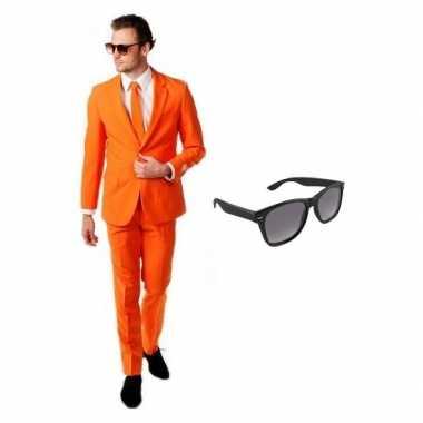 Oranje heren carnavalskleding maat 46 (s) met gratis zonnebril