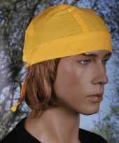 Gele hoofddoek uni 1